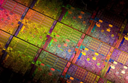 intel_32nm-westmere-wafer.jpg