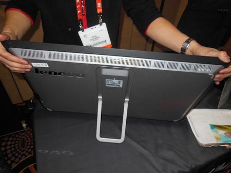 Lenovo27_back.JPG