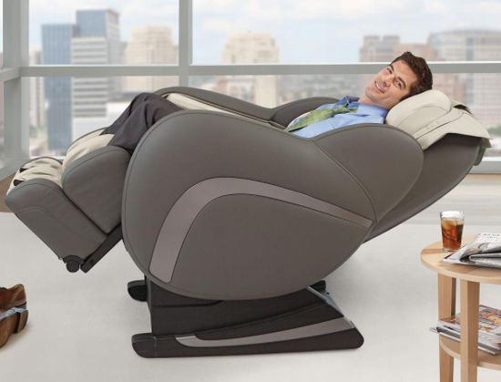 Osim Uastro Zero-Gravity Full-Body Massage Chair.jpg