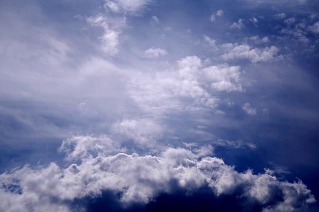 cloud-4-1409599-639x426