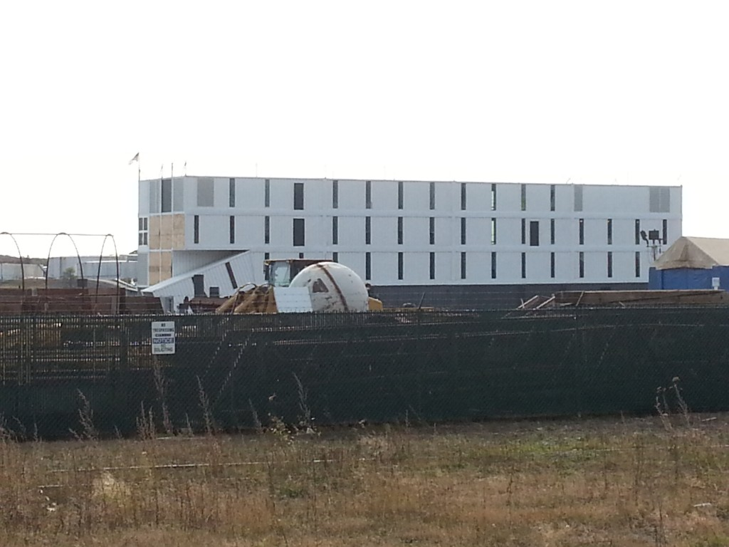 Portland barge believed to be a Google facility