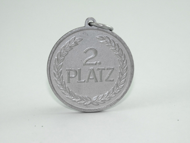 medal-1-1309087-638x480