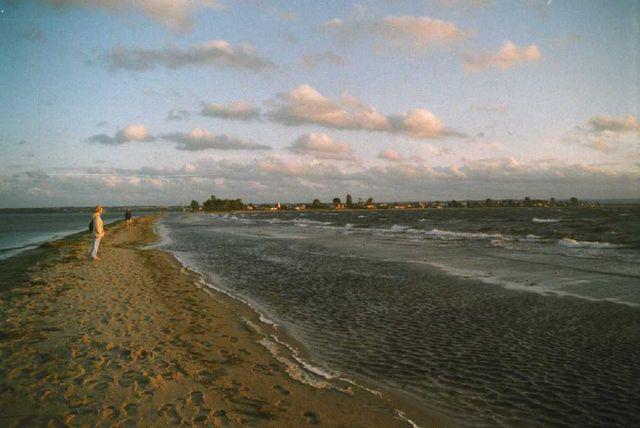 beach-1-1549210-640x428