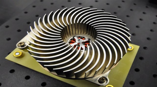 The Sandia Cooler heatsink turns the radiator into its own built-in fan