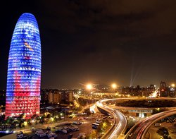 40146_Barcelona-at-night.jpg