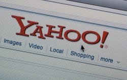 Yahoo revamps Flickr