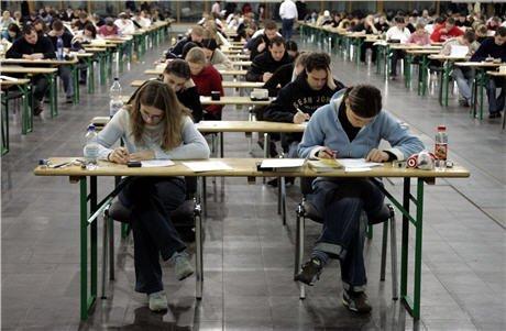 41347_Students.jpg