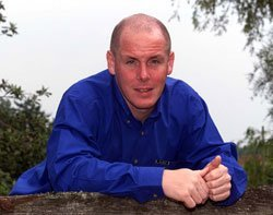 nick leeson and barings bank incident When an earthquake shook kobe, japan in 1995, it also broke open an ongoing  scandal within the walls of barings bank at the epicenter of.