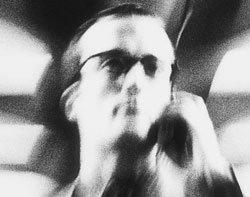 42984_blurred-man-mobile-250w.jpg