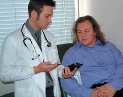 43680_doctor-patient-PDA-NHS-NHSIT-250x197.jpg