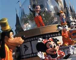 44338_Disney_on_parade.jpg