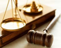 45523_Gavel-and-scales.jpg