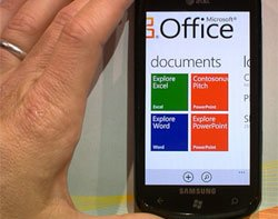 Microsoft adds mobile device management to Office 365