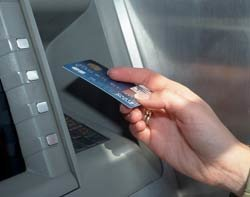 45662_Cash-machine-Thinkstock.jpg