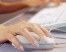 45698_woman-using-mouse-Thinkstock.jpg