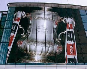 FA-cup-trophy-wembley-flickr-290px.jpg