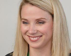 Yahoo buys digital video advertising service BrightRoll