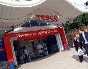 Tesco chairman to step down over accounting chaos
