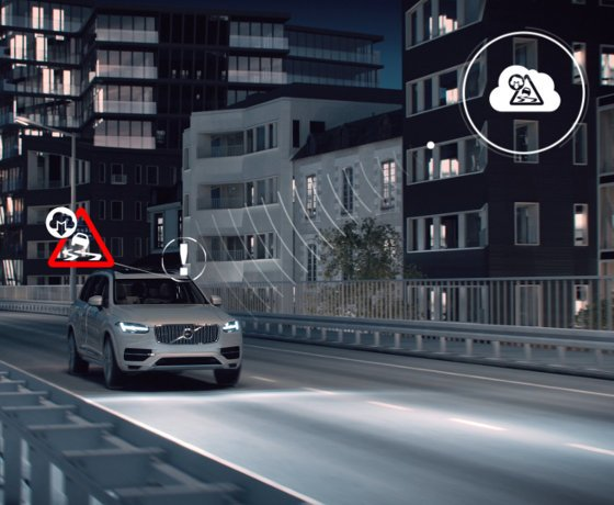 Volvo develops car-to-car social networking for road safety