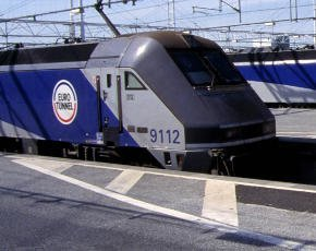 eurotunnel train.jpg