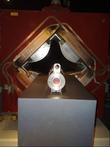CERN: Neutrino beam system