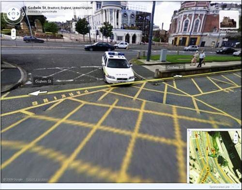 Google Street View: Theres nowhere to run!