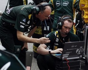 Caterham-F1-trackside-290px.jpg