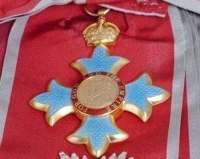 HonoursMedal-2014-PressAssociation-290px.jpg
