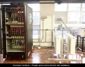 Leeds-Uni-Iceotope-system-lab-radiators-580px.jpg