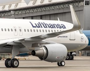 Lufthansa signs long-term outsourcing deal with IBM
