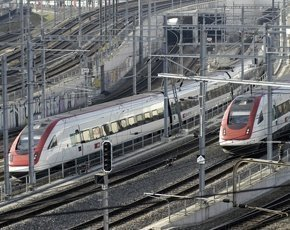 SBB-CFF-FFS-trains-Zurich-290px.jpg