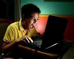 online-gaming-teen-290px.jpg