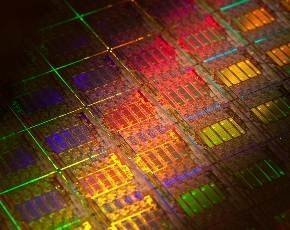 Intel launches Haswell-EP Xeon E5-2600 v3 chips