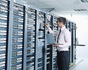 Troubleshooting datacentre management issues