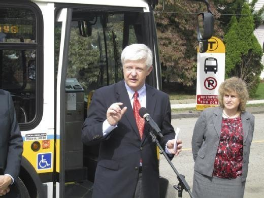 Bill Oates speaks at Perkins' bus stop app release
