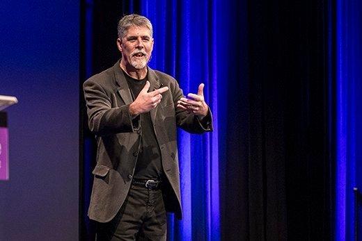 Author and software architect Mark Richards.