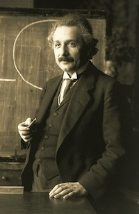 Albert 456px-Einstein_1921_by_F_Schmutzer.jpg