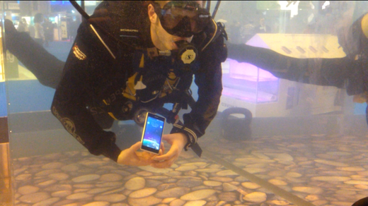 underwatersony.PNG