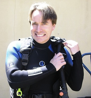 Linus_in_SCUBA_gear.jpg