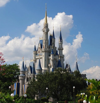Cinderella_castle_day.jpg