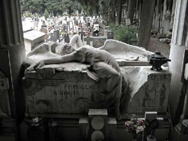 Angel weeping over coffin.jpg