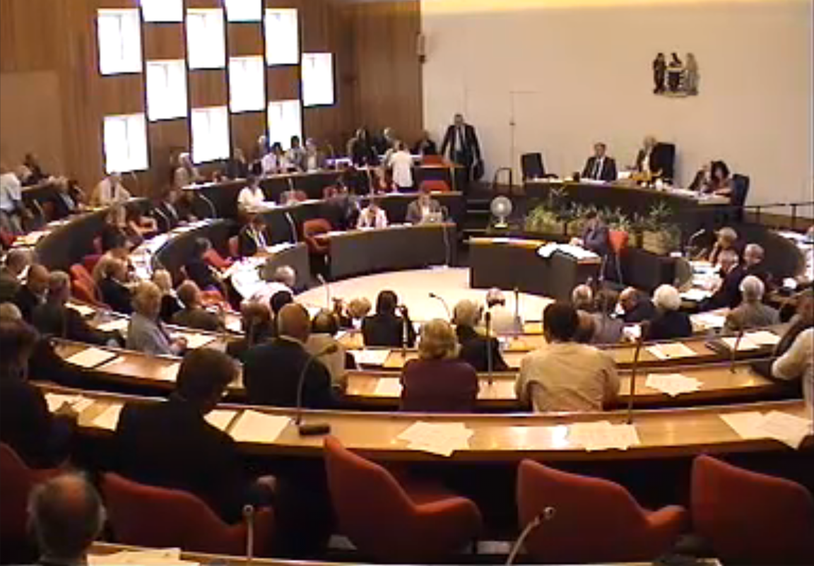 Cornwall Council Chamber - screen-shot-2010-08-12-at-131411.png