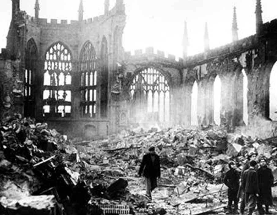Coventry Cathedral after WWII.png