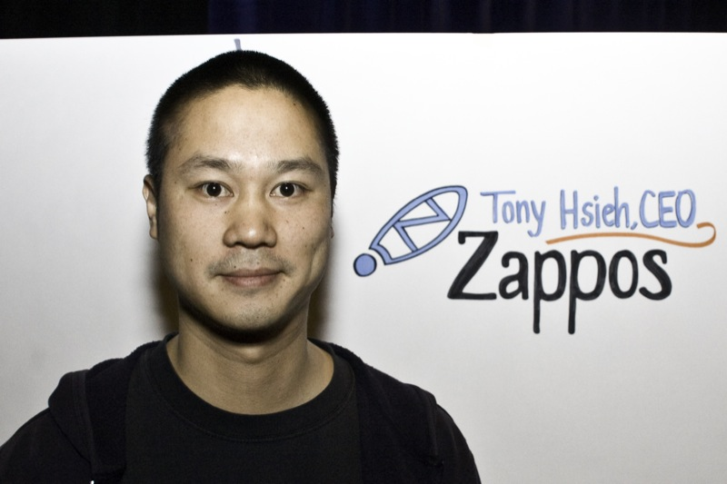 Tony_Hsieh_in_2009