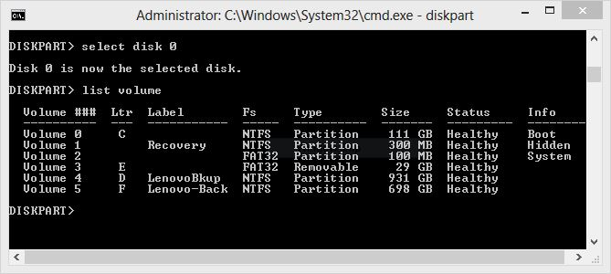 The EFI partition is formatted as FAT32.