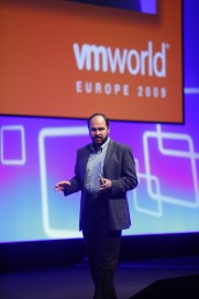 paul maritz keynote (photo VMware)