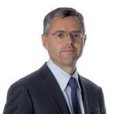 Michel Combes, 51 ans, a officiellement pris ses fonctions de directeur général d'Alcatel-Lucent hier
