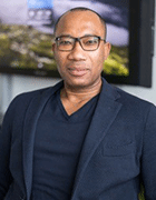 Dickson Usuwa, digit solutions Gruppe