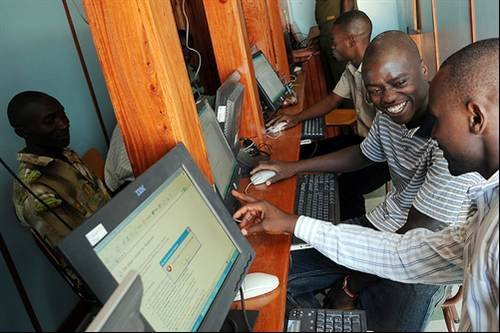 Inside Kenya's first solar-powered cyber cafe - The first solar ...