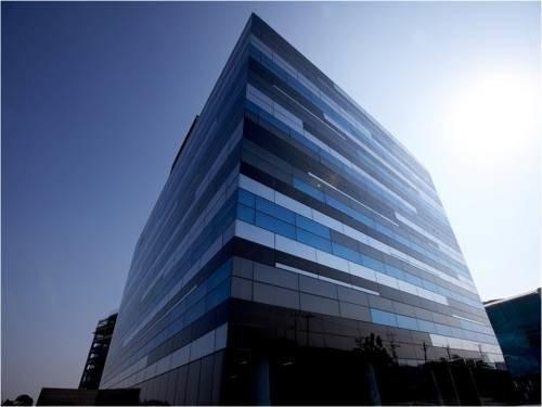 Walkthrough Ctrl S tier 4 data center infrastructure